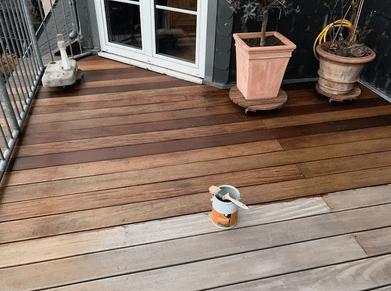 Holzterrassen reinigen Köln pflegen und sanieren